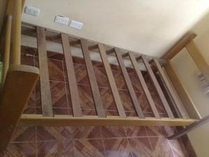 Vendo cama de madera posot class for Vendo bar de madera