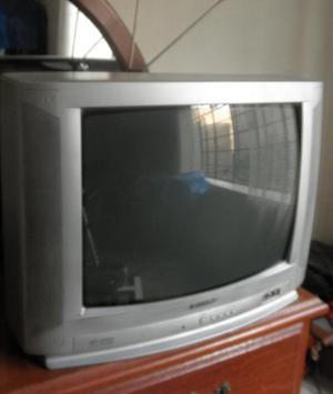 Vendo TV 20 Sharp USADO Buen Estado