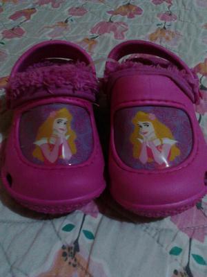 Sandalias Tipo Crocs Princesas