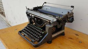 Antigua Maquina De Escribir Underwood Made In Usa