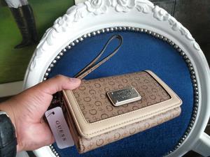 Billetera Guess Chanel Nueva de Mujer