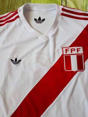 Camiseta Retro Perú  Disponible S M L