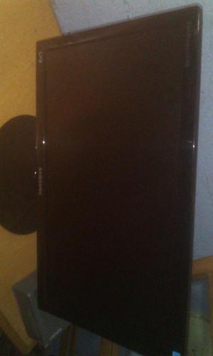 monitor LED SAMSUNG 19 Pulgadas sin rayones ni mancha en