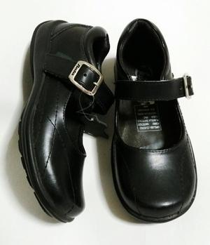 Zapatos Nuevos de Cuero Bata Talla 28