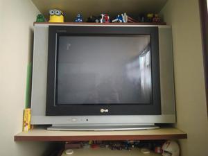VENDO TV DE 21P. MARCA LG,