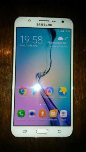 Vendo Samsung J7 en Buen Estado