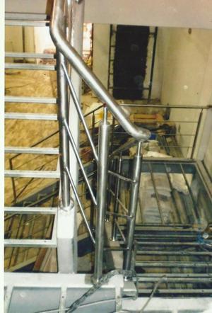 Pasamanos barandas para escaleras o balcones posot class - Pasamanos de acero ...