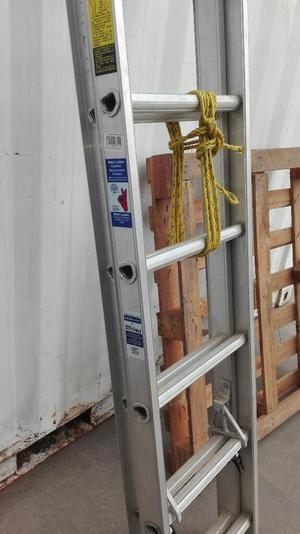 Escalera telescopica rodante lima callao posot class for Escalera telescopica 2 metros