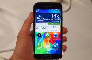 Vendo Samsung Galaxy S5 Grande Libre,Camara Nitida de 16MPX