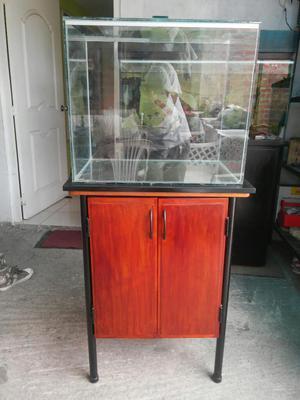 Vendo acuario con mueble en cedro lima callao posot class for Mueble acuario