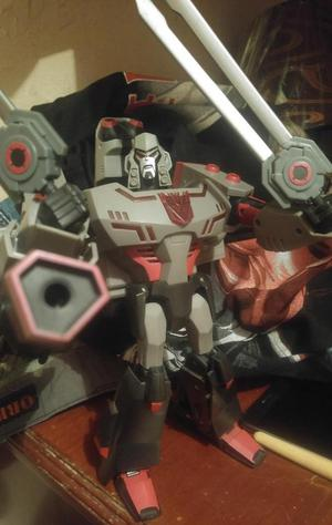 Transformers Megatron animated leader class luces y sonido