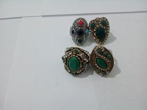 Anillos Diseño Fashion india Enchape Oro Y Piedra