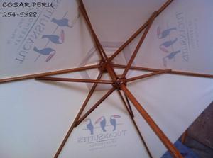 sombrillas de madera