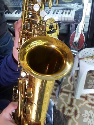 Saxofón Conn 25 M Americano