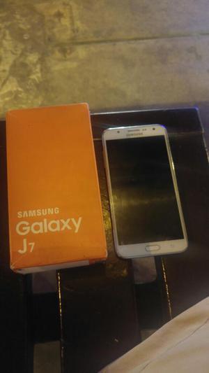 Vendo Ó Cambio Samsung J7 Libre