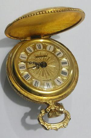 Reloj Suizo de Bolsillo Dorado
