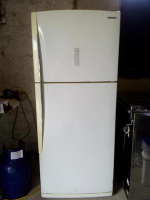 Refrigeradora Samsung 380lt
