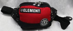 Canguro Element. Parche en letras y simbolo de la marca.