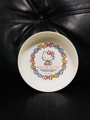 Set de mesa original de Hello Kitty completo