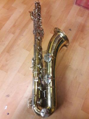 Saxo Saxofon Baritono Conn 12m.
