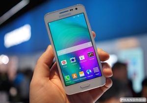 Vendo Samsung Galaxy A3 Libre 4G LTE,Camara de 8MPX HD,1GB