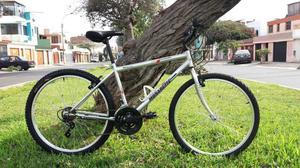 Bicicleta MONARETTE aro 26, todo OK.