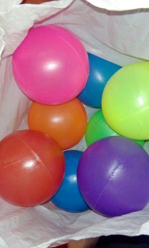 Pelotas de colores posot class for Pelotas para piscina