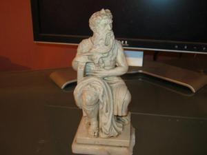 Vendo Antigua Escultura