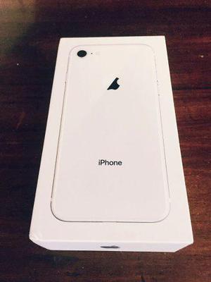 Vendo o Cambio Iphone 8 de 64 GB Completo