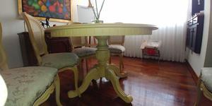 Comedor de madera, mesa redonda 1.30 de diámetro, con 6