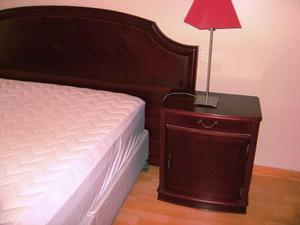 Juego de dormitorio queen madera cedro 2 posot class for Juego de dormitorio queen