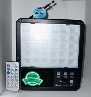 Kit lámpara con panel solar, Mp3 y radio Fm y cargador de