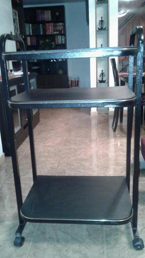 Mueble 3 Niveles con Ruedas
