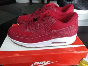 Nike Talla 42 Nuevas en Caja