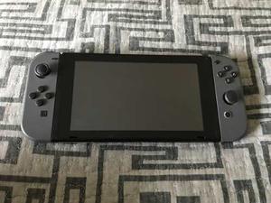 Vendo Nintendo Switch Con 1 Mes De Uso Incluye Juegos