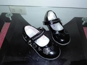 Zapatos de Niña Talla 23 de Marca Negros