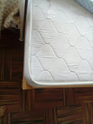 Cama de 1 plaza y media madera capirona desarmable posot for Futon cama 1 plaza y media