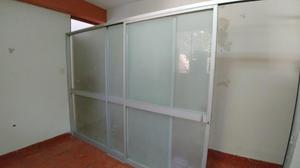 Mampara de aluminio 2 puertas corredizas ideal posot class - Mampara de vidrio ...