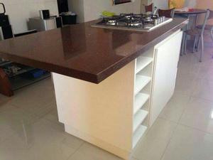 Cocinas y decoradas con granito cuarzo posot class for Cocina marmol o granito