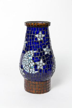 Pantalla decorativa de vitral para lampara de kerosene