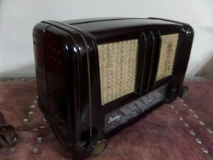 G25 Antigua Radio Alemana Baquelita