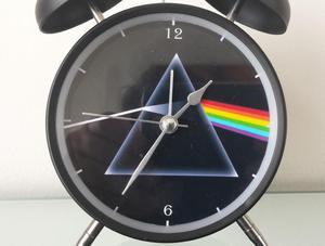 Reloj Despertador Estilo Vintage Pink Floyd D Mesa Alarma
