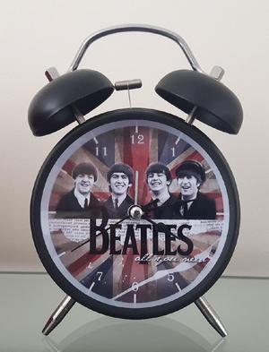 Reloj Despertador Estilo Vintage The Beatles D Mesa Alarma