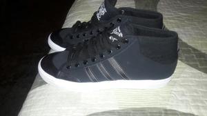 Zapatilla Adidas Original 43 en Oferta