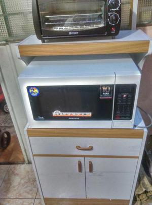 Horno microondas philips posot class for Mueble horno y microondas
