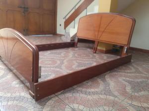 Vendo catre madera caoba de 2 plazas posot class for Sillon cama 2 plazas y media