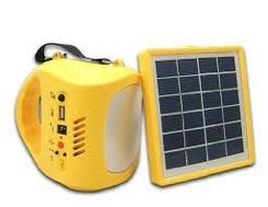 Kit De Panel Solar, Luz Y Cargador Para Celulares Cs300
