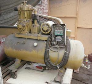 Compresora de aire 5HP Tanque 80 GL