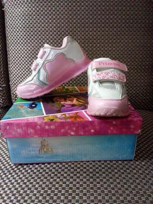 Zapatillas Marca Disney Talla 25