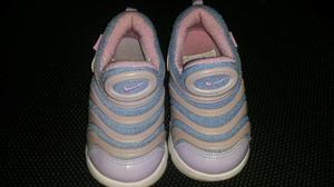 Vendo Zapatilla Nike Original Talla 26